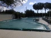 Coperture elettrosaldate per piscine con salsicciotti laterali di ancoraggio in PVC 650gr./mtq per ville