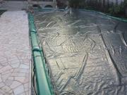 Coperture per piscine ville al mare con tubolari laterali di ancoraggio in PVC 650gr./mtq
