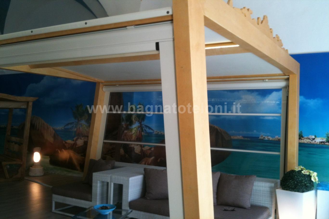 gazebo in legno con tende cristal laterali e tetto telonato 3
